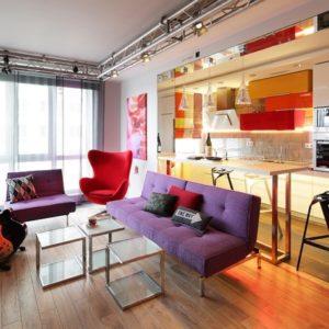 Квартира с музыкальной гостиной в красках поп-арта