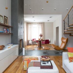 Гостиная недели: Интерьер в свободном стиле для двух хозяек