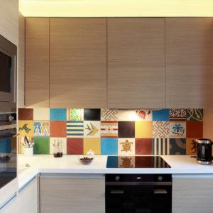 Как достойно оформить квартиру типовой мебелью
