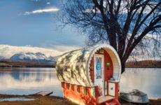 Новая Зеландия: Необычный игровой домик, построенный фотографом