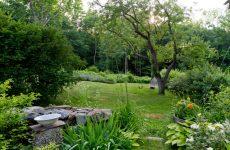 США: Дом художницы в лесах Нью-Гемпшира