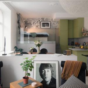Швеция: Офис в Стокгольме, который превратился в мини-квартиру