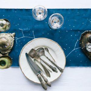 DIY: Звездная дорожка для сервировки стола