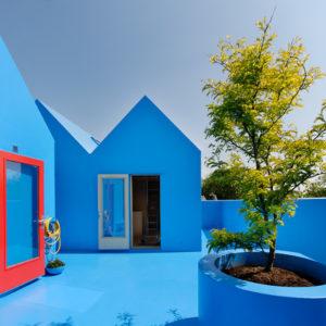 Их не забудешь: 12 ярких фасадов со всего света
