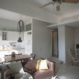 Солнечная квартира в Барнауле для молодой семьи дизайнеров