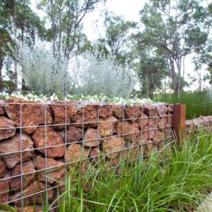 Ландшафт: Что такое габионы и как использовать их в ландшафте