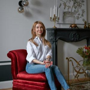В гостях: Икат, картины и контрасты в квартире декоратора