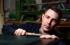 Портрет: Испанский мастер по дереву в российской глубинке
