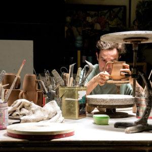 Портрет: Керамика KVN-studio, вдохновленная современной культурой