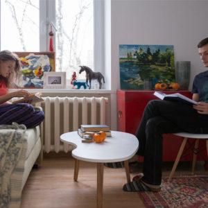 В гостях: Две комнаты и два кабинета в квартире площадью 31 кв.м