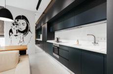 Украина: Универсальная квартира с черно-белыми портретами