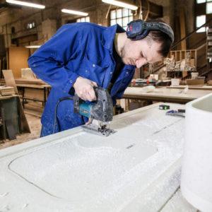 Материалы: Как изготавливают и устанавливают акриловые столешницы