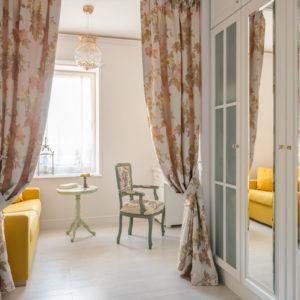Квартира с французскими мотивами в Калининграде