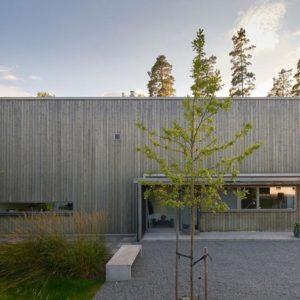 Швеция: Дом с сауной и видом на лес в Энчепинге