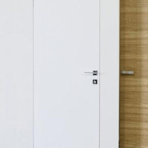 Шум или духота: Как мы вредим себе звукоизоляцией дверей