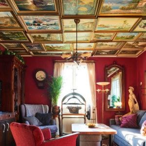 Швеция: Дом с картинами на… потолке