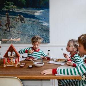 call: Расскажите про семейные ритуалы в канун Нового года