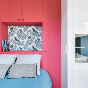 Франция: 3 проекта квартир-студий с выделенной спальней