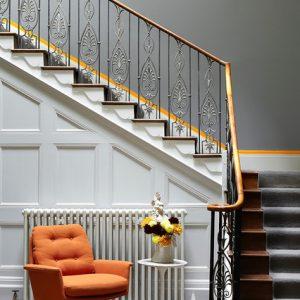 Как правильно: Сделать лестницу без намёка на «бандитский ампир»