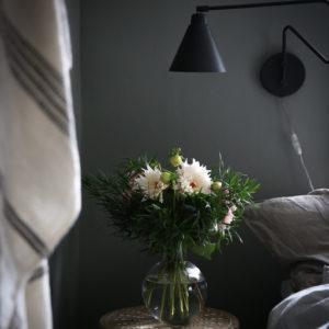 Швеция: Переделанная мебель ИКЕА в доме на краю леса