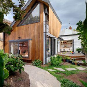 Австралия: Дом на узком участке увеличили вдвое