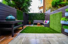 Просто фото: 24 идеи для вертикального озеленения дома и сада